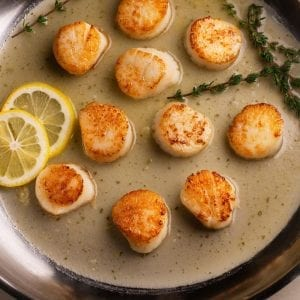 Scallops with Butter Garlic Sauce