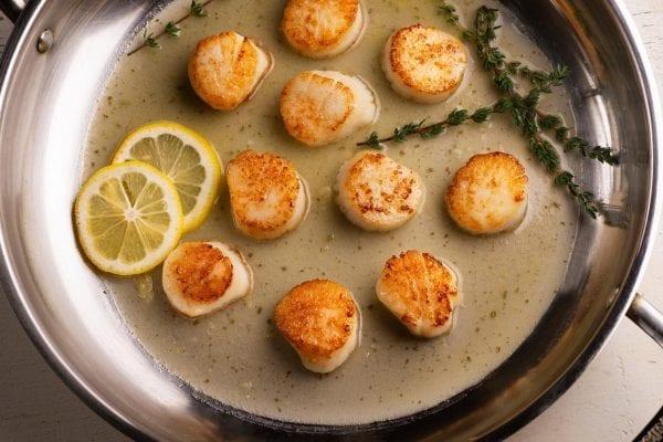 Scallops with Butter Garlic Sauce