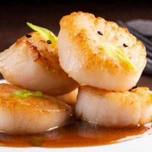 Scallops with Spicy Teriyaki Sauce